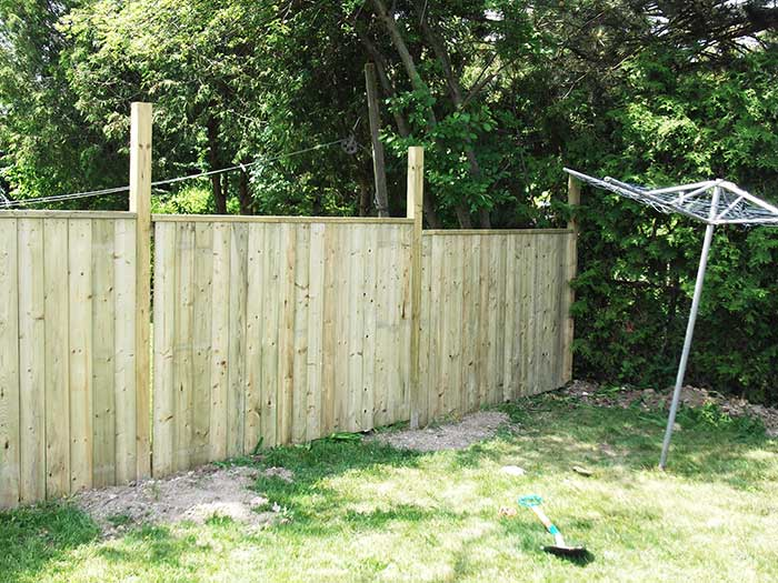 4X4 Wood-Fencing-&-Post-Holes-Installatin-by Wholesalefence.ca in-Niagara-Falls-Ontario