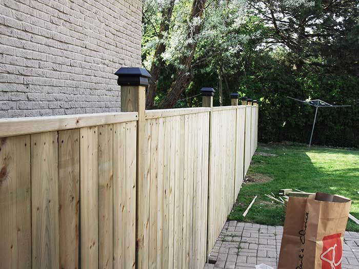 4X4 Wood-Fencing-and-Post-Hole-Installatin by Wholesalefence.ca in-Niagara-Falls