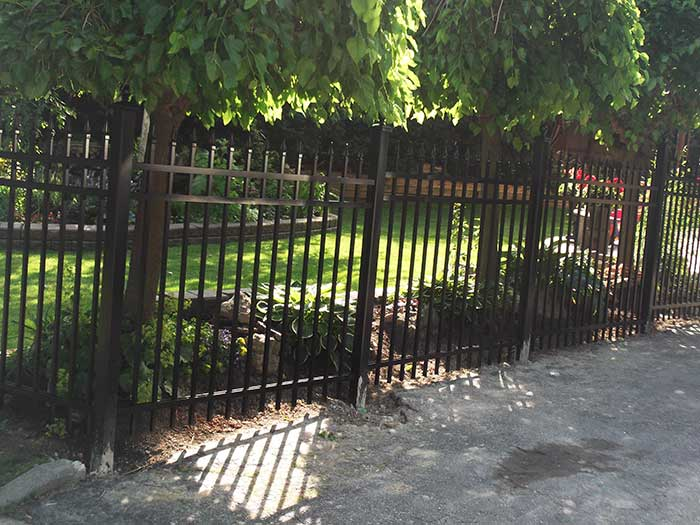 Aluminum-Fencing-Fence-Installed-in-Etobicoke by wholesalefence.ca