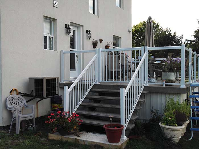Aluminum-Glass-Railing-Installation-for-Backyard-Deck---Markham by wholesalefence.ca