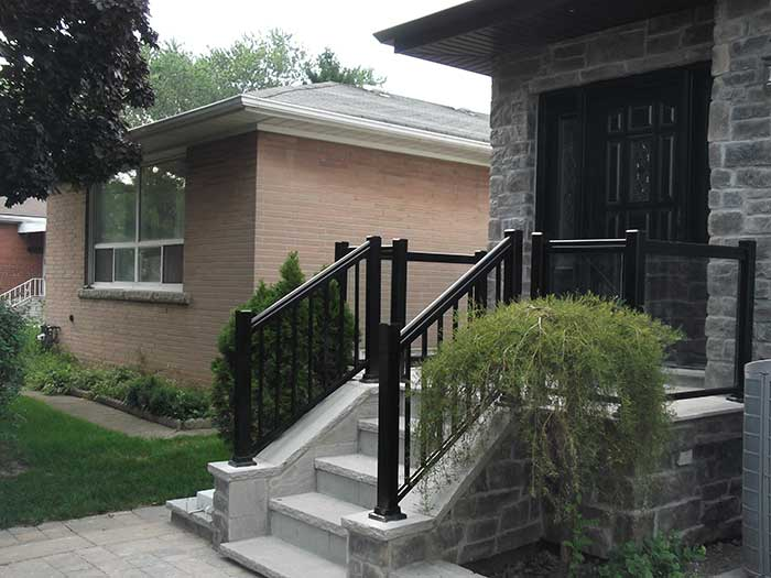 Aluminum-Glass-Railing-Installation-in-private-house--in-New-Market by wholesalefence.ca