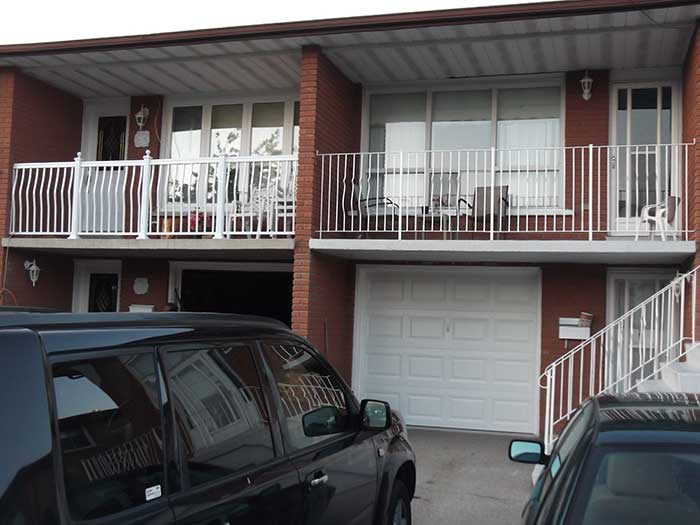 Aluminum-Hand-Railing-after-Installation-in-Scarbourough by wholesalefence.ca