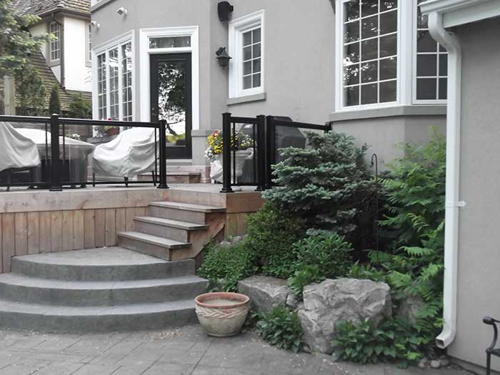 Aluminum-Railing-with-Glass-Installation-in-Richmond-Hill-Ontario by wholesalefence.ca