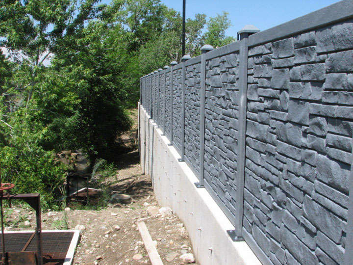 Commercial Simulated Stone Vinyl Fencing Installations By wholesalefence.ca