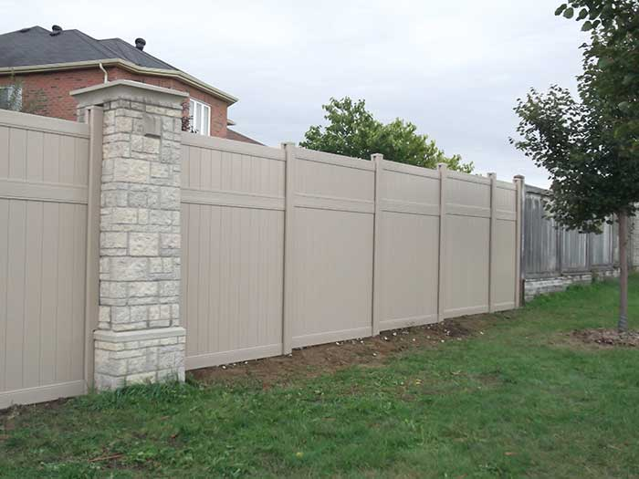 Fence Direct, Full-Privacy-Vinyle-Fencing-Installation-in-a-SubDivision-in-Aurora