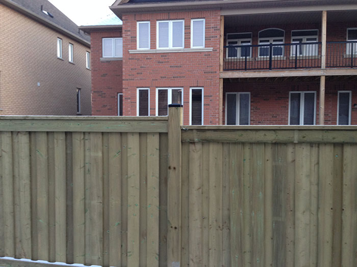 Full Privacy Vinyl Fencing 6 by 6 Installed by Wholesalefence.ca