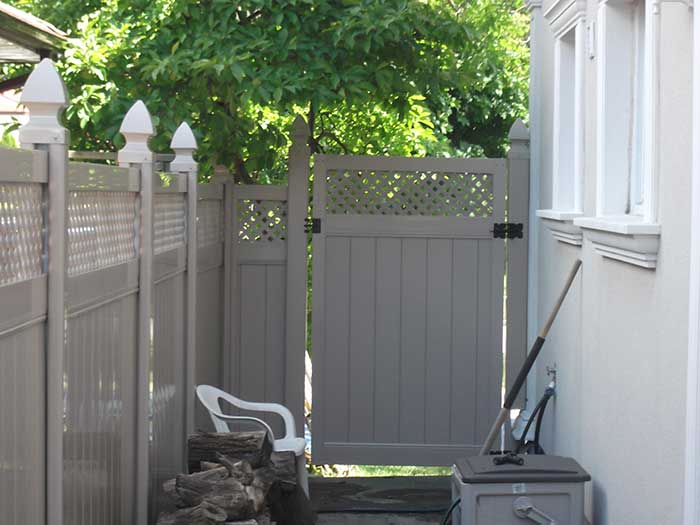 Full-Privacy-Vinyl-Fencing-Gate-with-Latice-Installation-in-Richmond-Hill-Ontario by Fence Direct