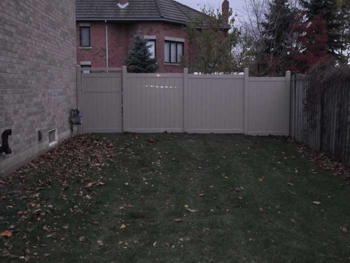 Full-Privacy-Vinyl-Fencing--Installation-in-Toronto by Fence Direct