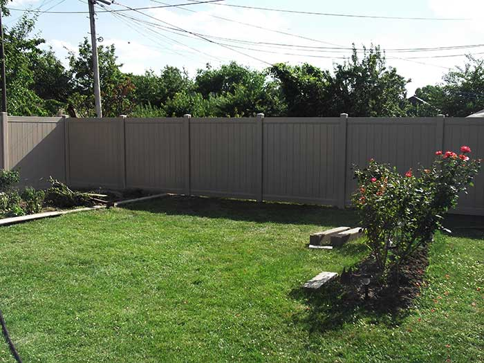 Full-Privacy-Vinyl-Fencing-Installed-in-Etobicoke by wholesalefence.ca