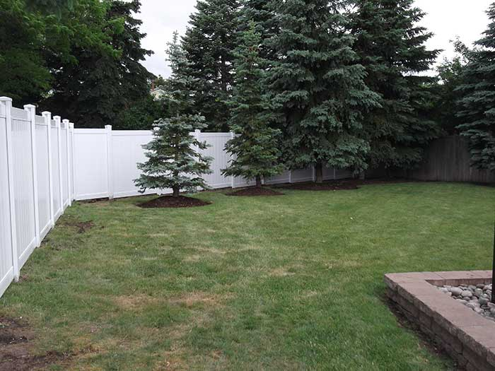 Full-Privacy-Vinyl-Fencing-and-Post-Holes-Installaion---Thornhill by Fence Direct