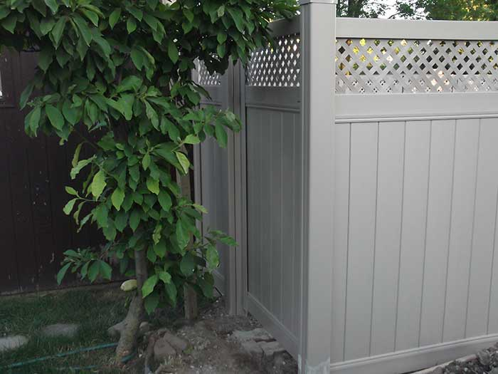 Full-Privacy-Vinyl-Fencing with Latice Installation---Richmond-Hill by wholesalefence.ca