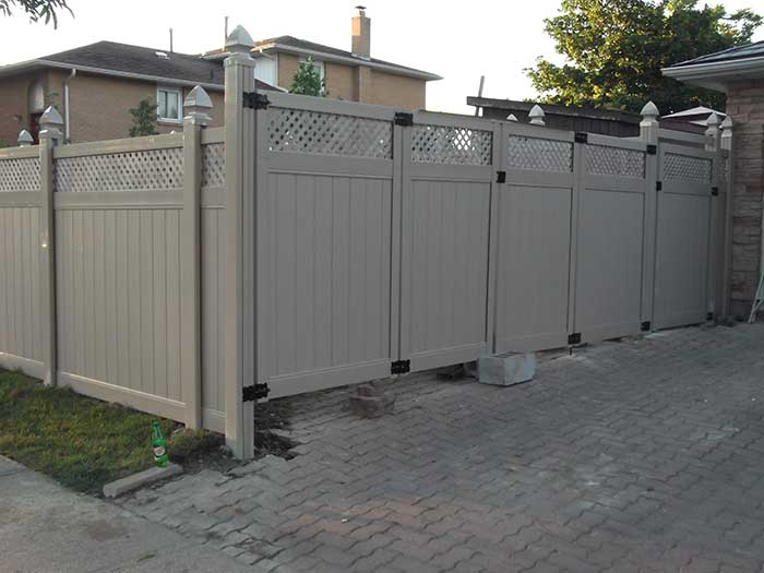 Full-Privacy-Vinyl-Fencing with Latice Installations-in-New-Market-Ontario by wholesalefence.ca