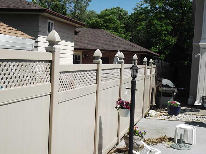 Full-Privacy-Vinyl-Fencing-with-Latice-Installed-in-Richmond-Hill-Ontario by wholesalefence.ca