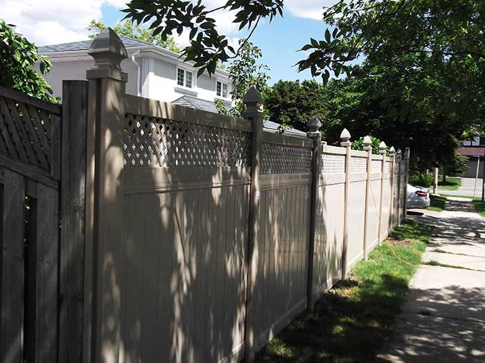 Full-Privacy-Vinyl-Fencing-with-Latice-Installed-in-Richmond-Hill---Street-View by wholesalefence.ca