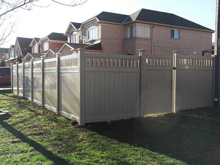 Full-Privacy-Vinyl-Fencing with latice Installation-in-Brampton by wholesalefence.ca