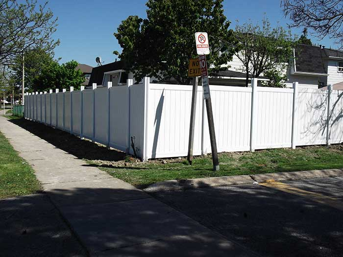 Privacy-Vinyl-Fencing-Installation-in-Hamilton by wholesalefence.ca