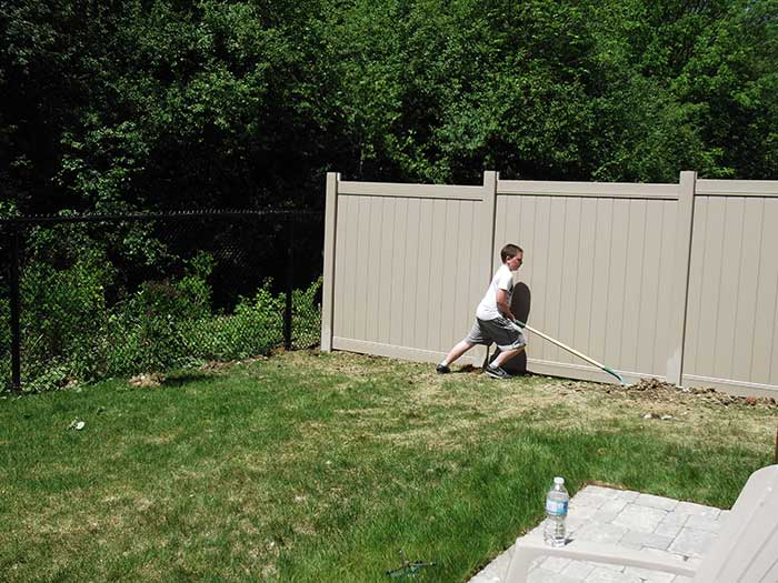 Privacy-Vinyl-Fencing-Installations-in-Oshawa by wholesalefence.ca