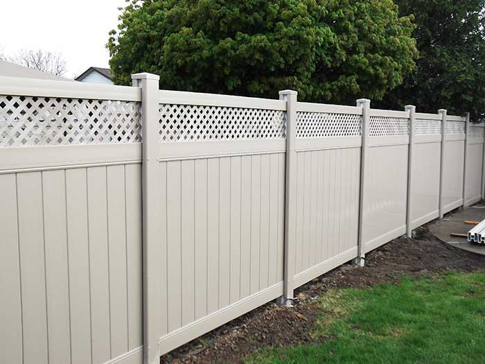 Vinyl-Fence with Latice insttaled-in-Markham by wholesalefence.ca