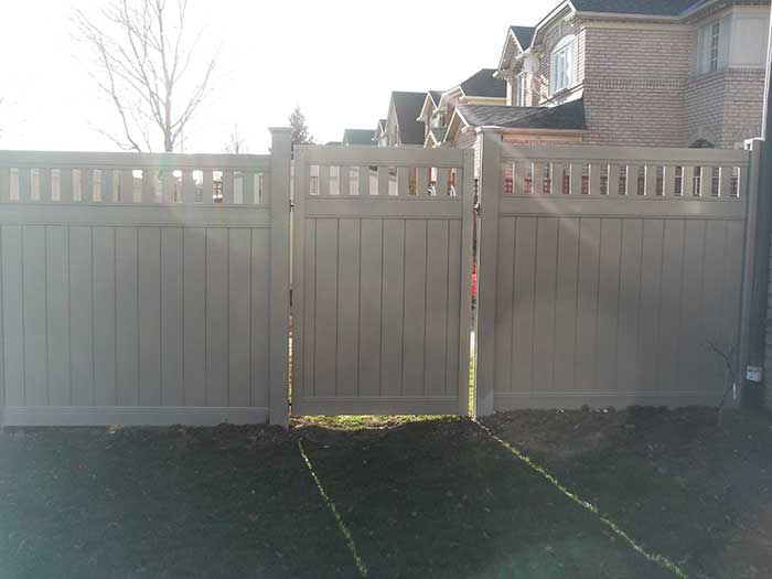 Vinyl-Fencing-Gate with Latice Installation-in-Brampton-Ontario by wholesalefence.ca