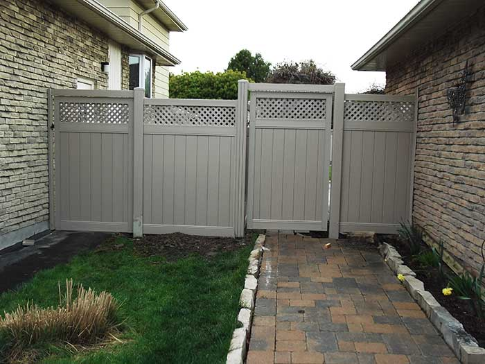 Vinyl-Fencing-Gate with Latice installed-in-Markham by wholesalefence.ca