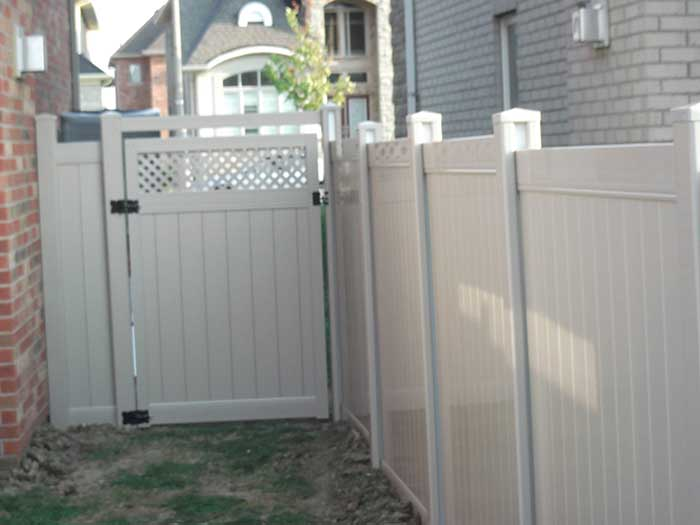Vinyl-Fencing-with-Latice-on-Gate-Installed-in-Markhmam by wholesalefence.ca