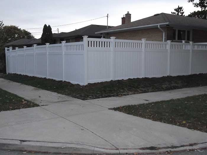 Vinyl-Fencing-with-Picket-and-Gate-Insstalled-in-Brampton---Street-View by wholesalefence.ca